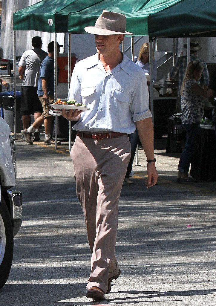Ryan Gosling took a lunch break on the set of The Gangster Squad.
