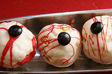 Zombie Eyeball Crispies