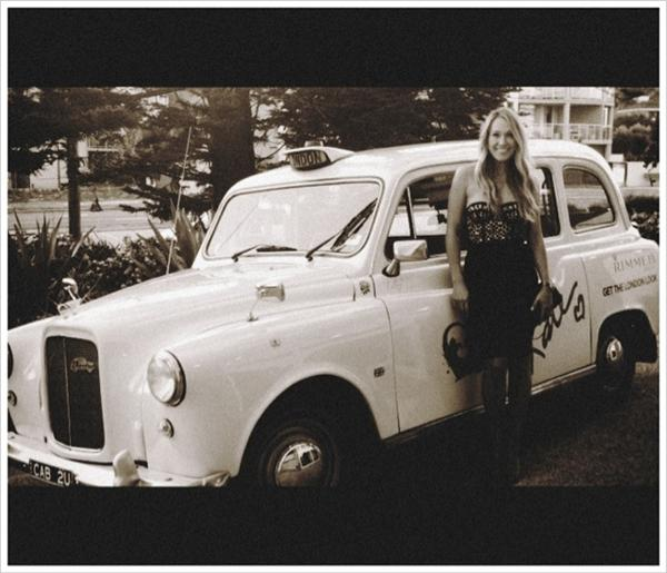 Erika Heynatz showed off her lift to the Rimmel party — a London taxicab! Twitter User: ErikaHeynatz