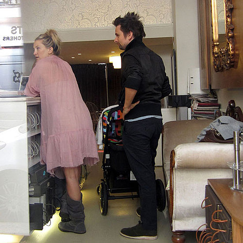 Kate Hudson and Matt Bellamy Pictures Shopping in London