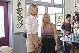 Eliza Coupe as Jane and Elisha Cuthbert as Alex on Happy Endings.