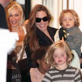 Angelina Jolie With Kids at Gwen Stefani's House in London (Video)