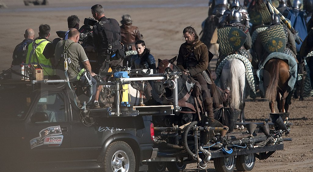 Kristen Stewart rode a horse on the UK set of Snow White and the Huntsman.