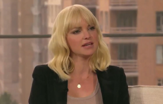 Anna Faris Shares Her Number on Anderson, but Doesn't Know Her Hubby's!