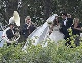 Lauren wore a long veil.