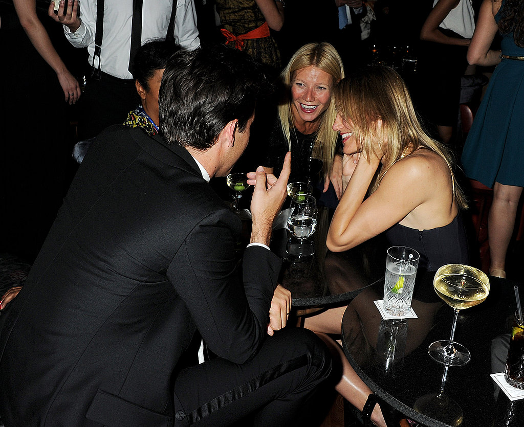 Gwyneth Paltrow and Cameron Diaz get charmed by Mark Ronson.