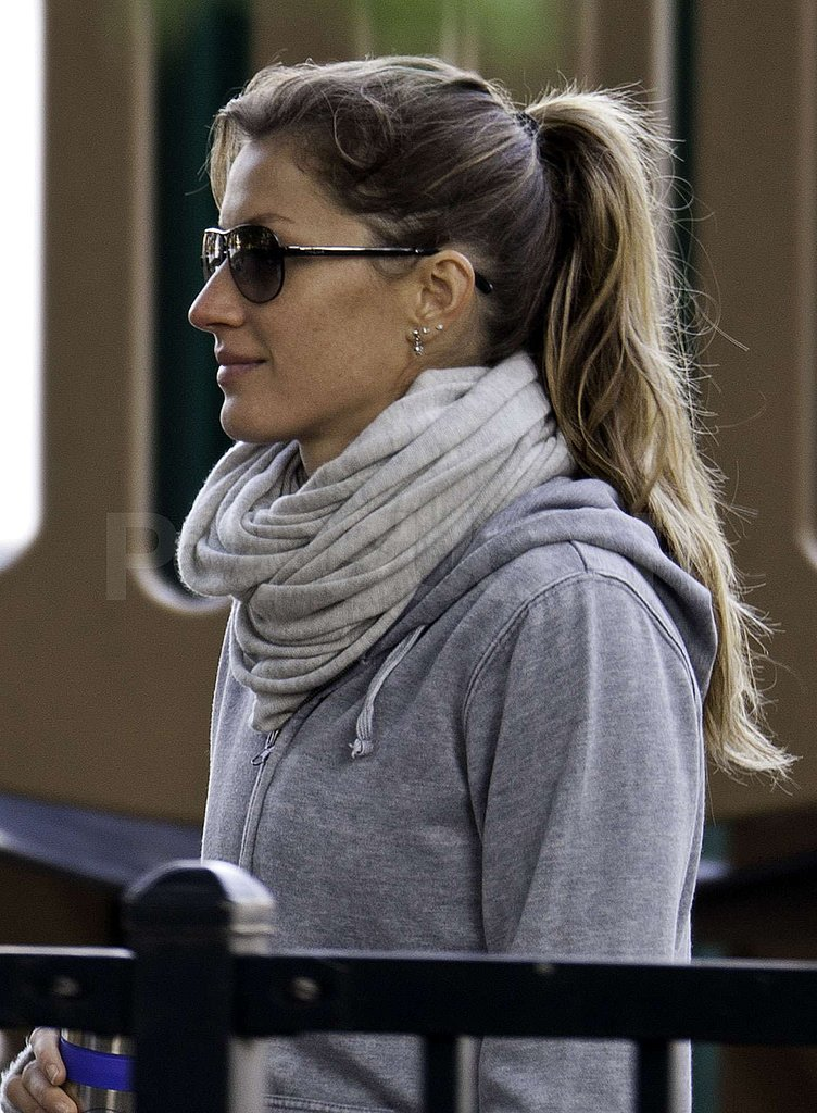 Gisele Bundchen bundled up in the Fall chill.