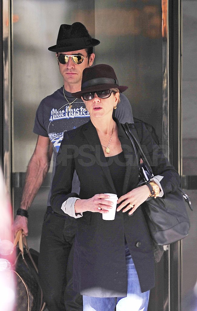Jennifer Aniston and Justin Theroux left her NYC apartment together.