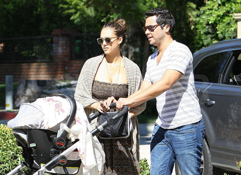 Jessica Alba and Cash Warren taken Haven to the park.