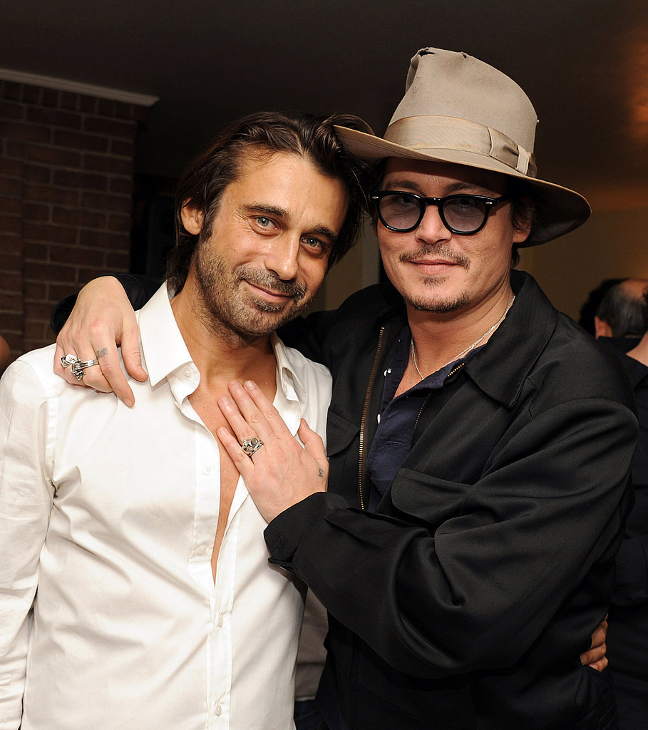 Johnny Depp showed his allegiance to artist Jordi Molla.