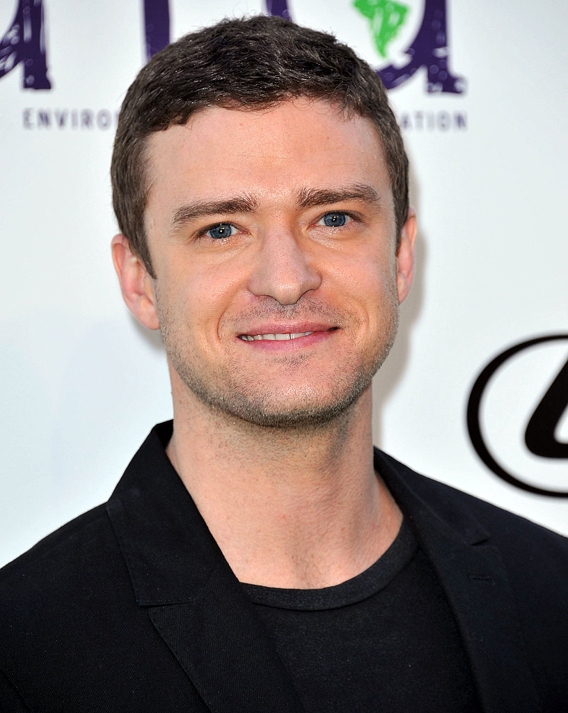 Justin Timberlake flashed a smile before accepting an award.