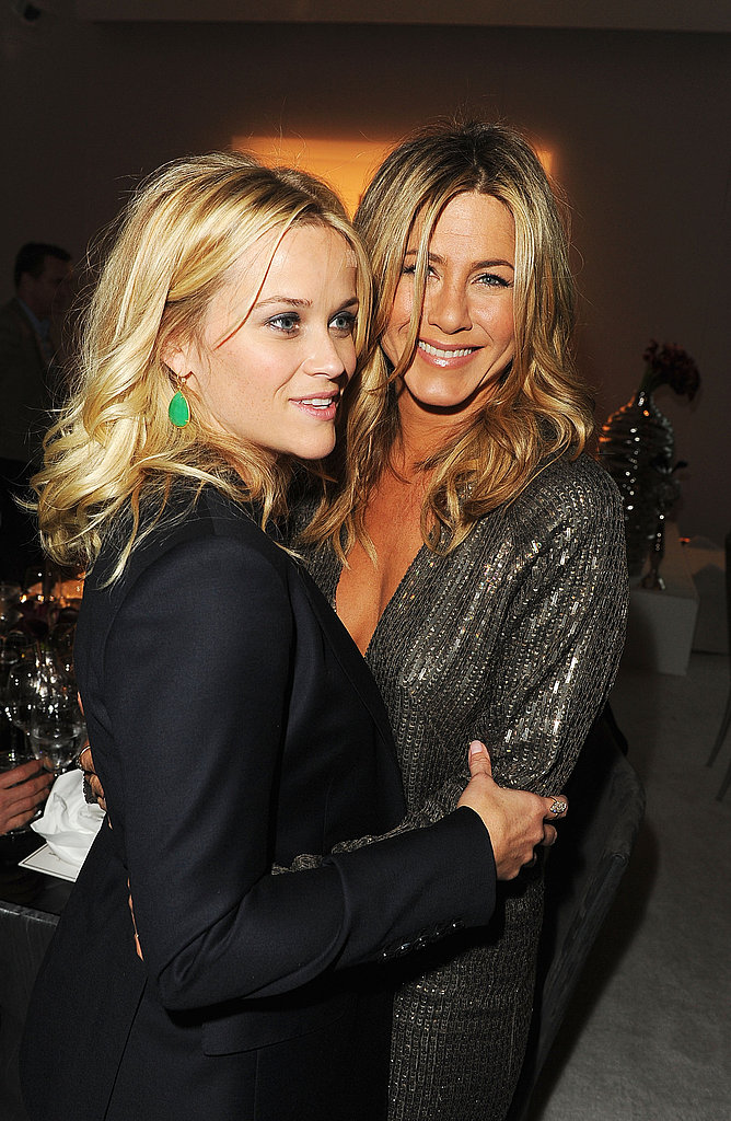Reese Witherspoon had Jennifer Aniston cracking up backstage at an event for Elle.
