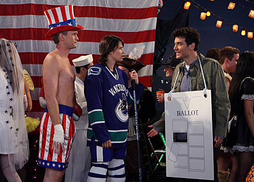 Neil Patrick Harris as Barney Stinson, Cobie Smulders as Robin Scherbatsky, and Josh Radnor as Ted Mosby on How I Met Your Mother.  Photo courtesy of CBS