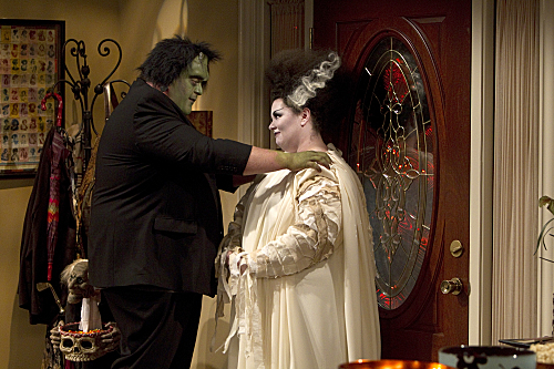Melissa McCarthy as Molly and Billy Gardell as Mike on Mike & Molly.  Photo courtesy of CBS