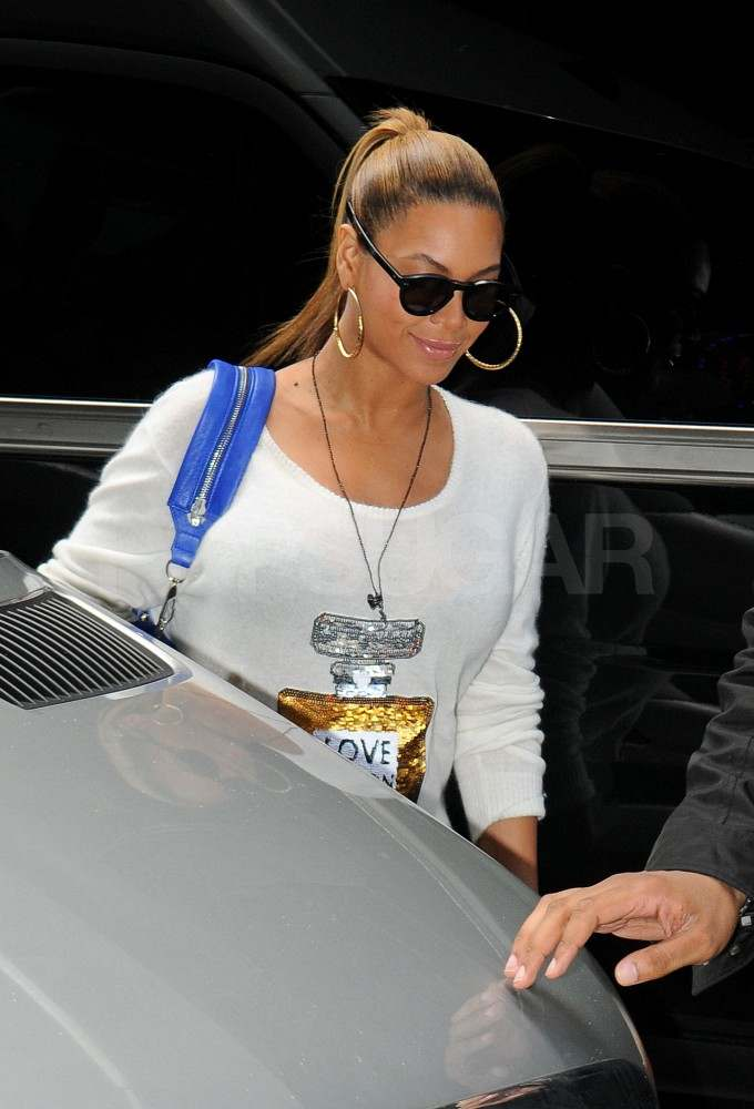 Beyoncé Knowles on her way to work in NYC.