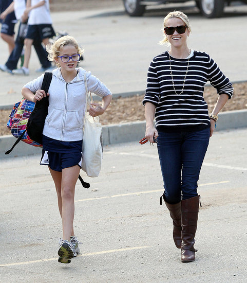 Reese Witherspoon and Ava Phillippe chatted on their way home from a park in LA.