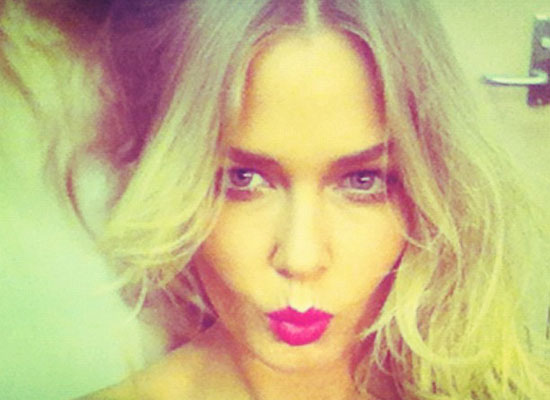 The Week's Best Beauty Twitpics Featuring Lara Bingle, Liz Hurley, Miranda Kerr and More