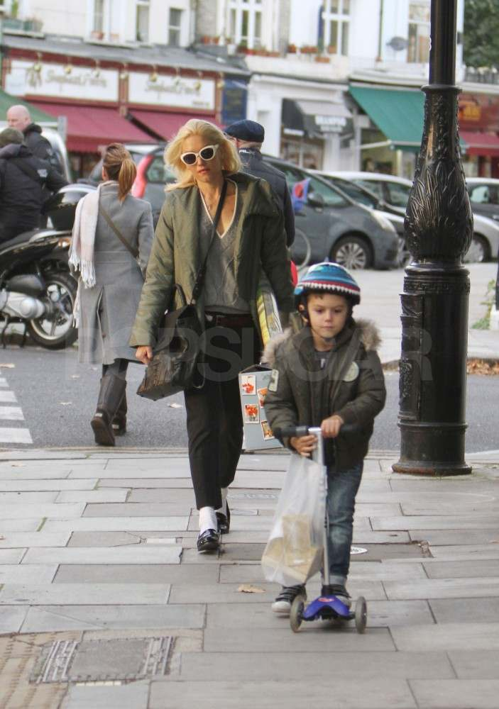 Gwen Stefani with Kingston in London.