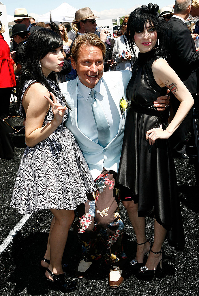 2007: Lisa Origliasso, Carson Kressley and Jess Origliasso