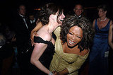 Julia Roberts laughed with Oprah Winfrey at the 2005 Academy Awards Governors Ball.