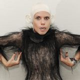 Heidi Klum Halloween Monkey Costume 2011 (Video)