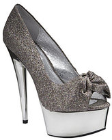 Look for Less - Steve Madden Moscow-G Pumps
