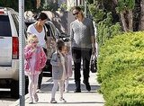 Jennifer Garner headed to ballet with daughters Violet and Seraphina.