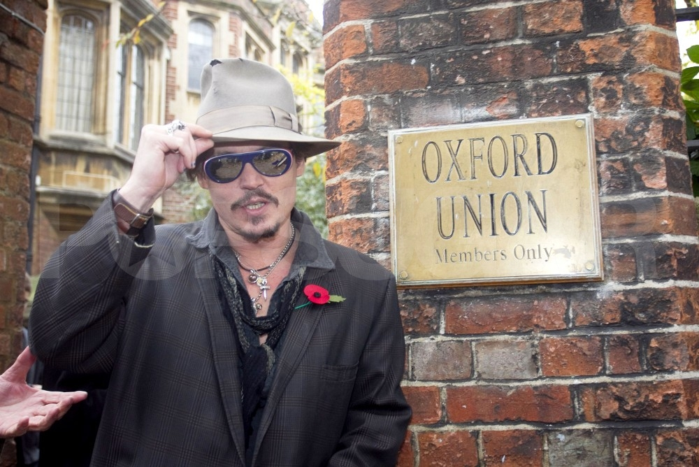 Johnny Depp tipped his hat outside the Oxford Union.