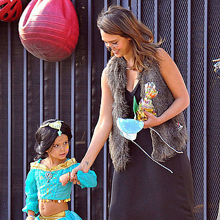 Jessica Alba and Honor in Halloween Costumes Pictures