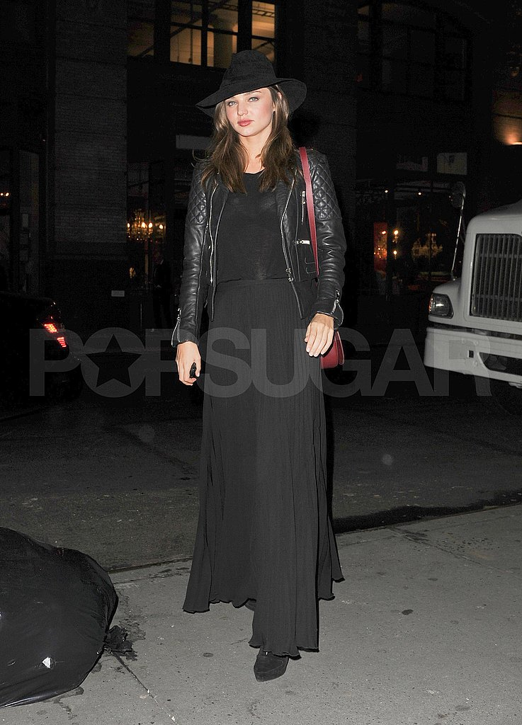 Miranda Kerr looked extra chic in an all-black ensemble.