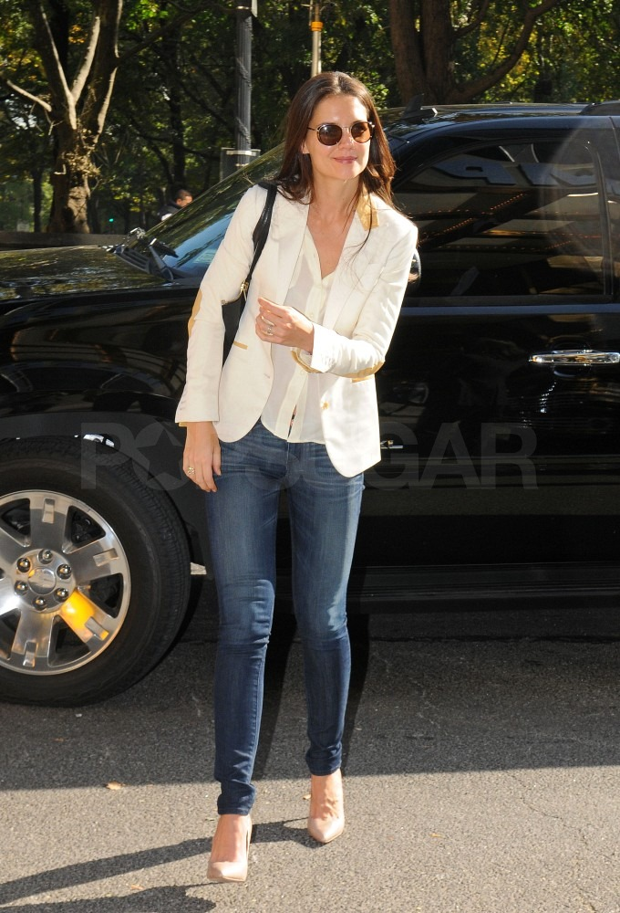 Katie Holmes arrived for a lunch meeting in NYC.