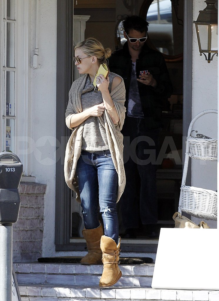 Matt Bellamy followed Kate Hudson out of a LA furniture shop.
