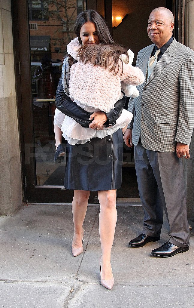 Katie gave Suri a lift to the car.