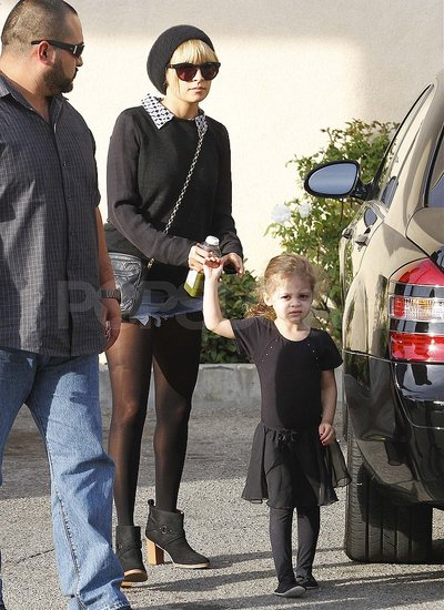 Nicole Richie with Harlow in a ballet outfit.