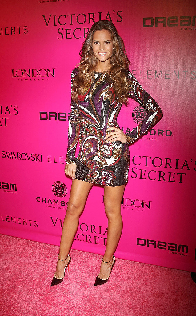 Izabel Goulart rocked a minidress on the pink carpet.