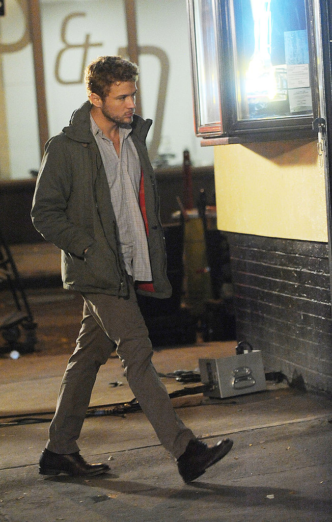 Ryan Phillippe headed to his trailer following a scene.