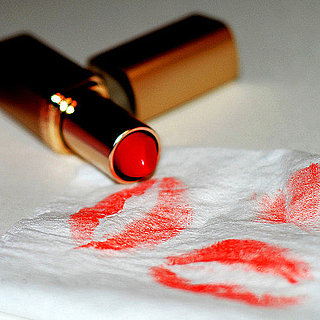 How to Blot Lipstick Correctly