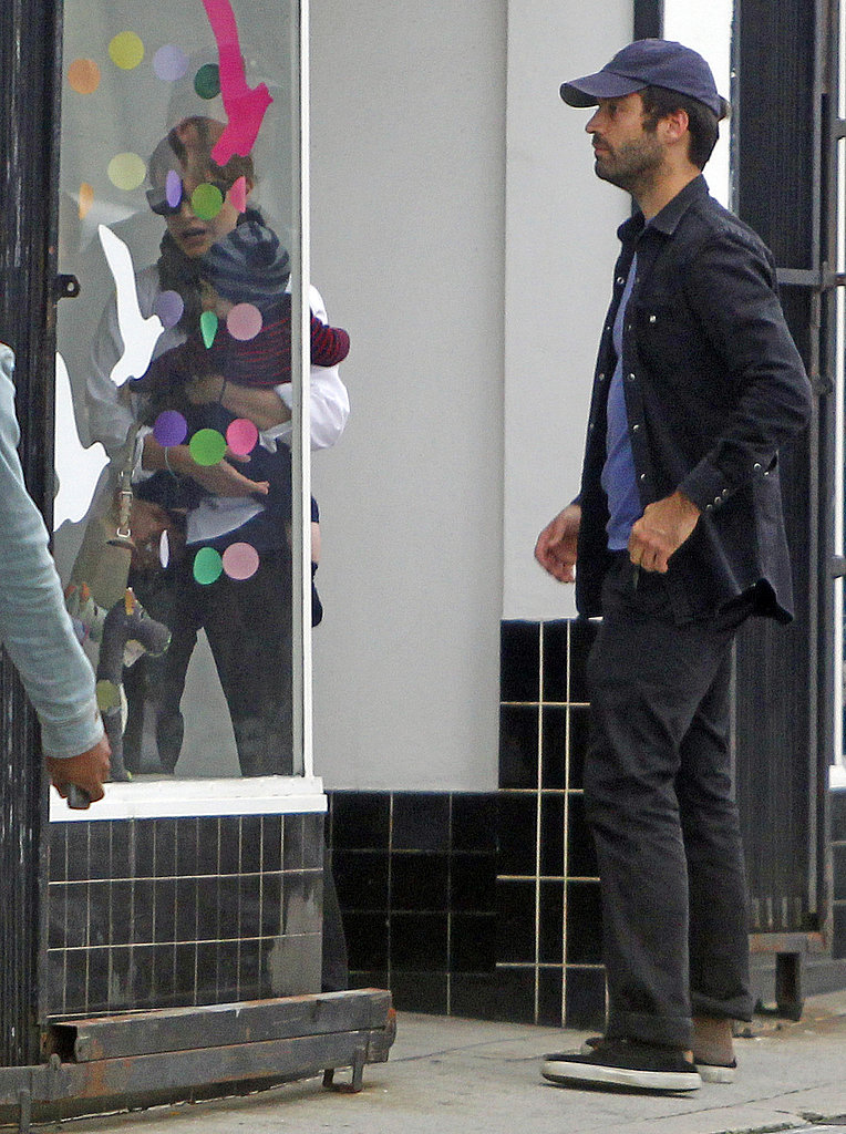 Benjamin Millepied followed Natalie Portman and baby Aleph into a children's clothing shop.