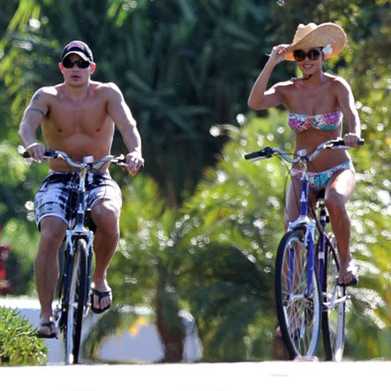 Shirtless Nick Lachey Takes a Birthday Bike Ride With Bikini-Clad Vanessa Minnillo