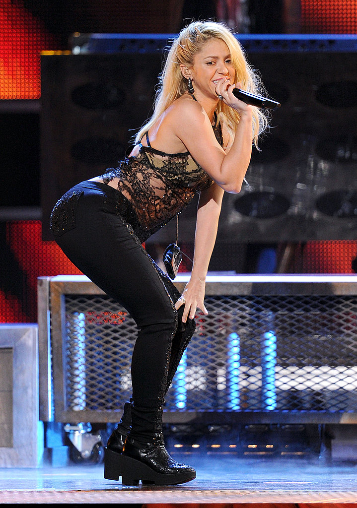 Shakira hit the stage for the Latin Grammys.