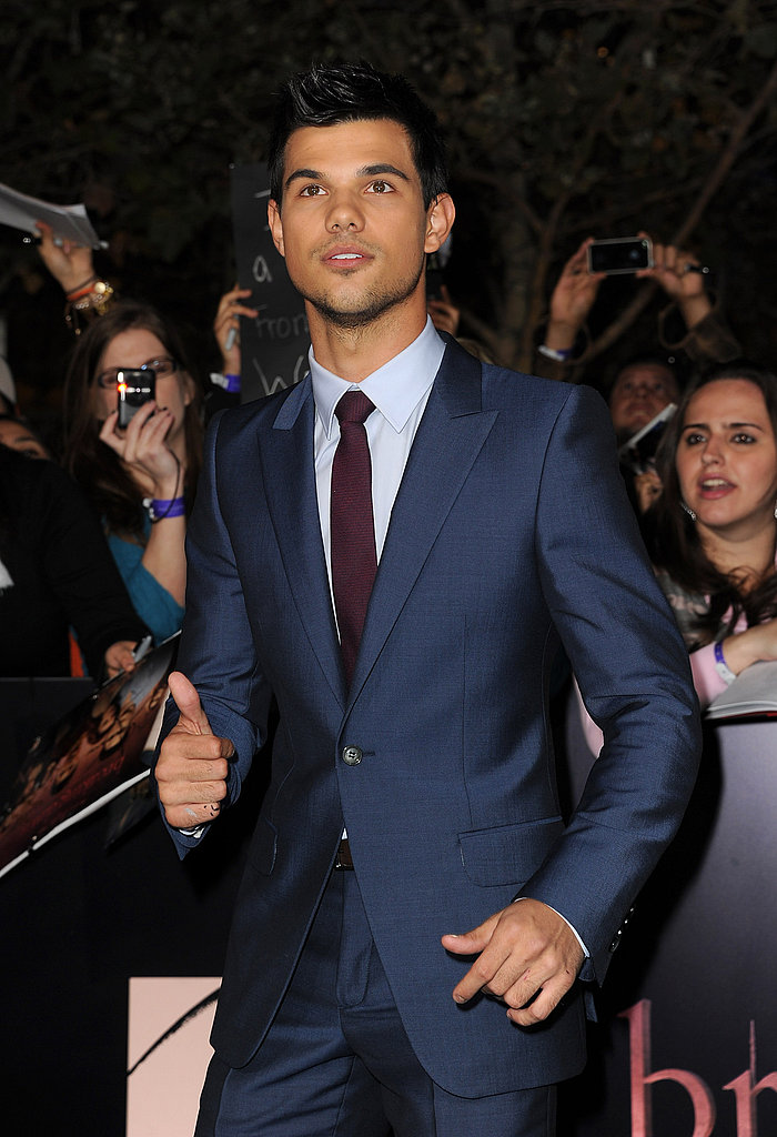 Taylor Lautner worked the crowd.