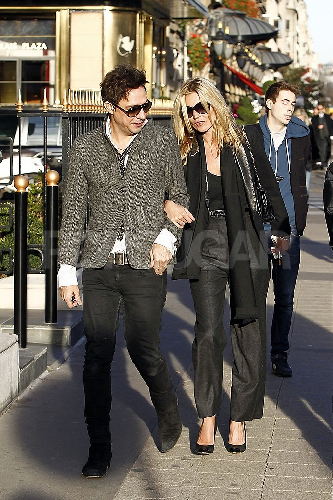 Kate Moss went arm-in-arm with Jamie Hince.
