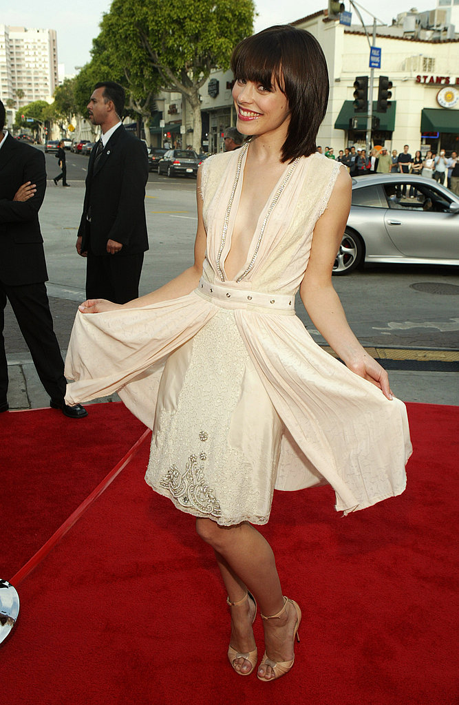 The actress sported a chic white dress and a short brown bob at the premiere of The Notebook in 2004.