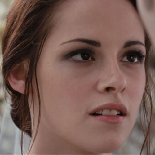 Kristen Stewart's Breaking Dawn Makeup Artist on Bella Swan's Makeup Look