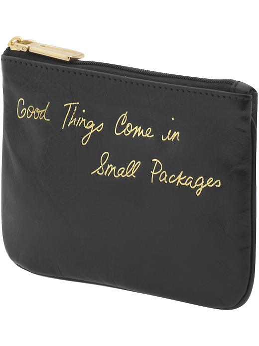 5 Things That Should Always Be in Your Purse