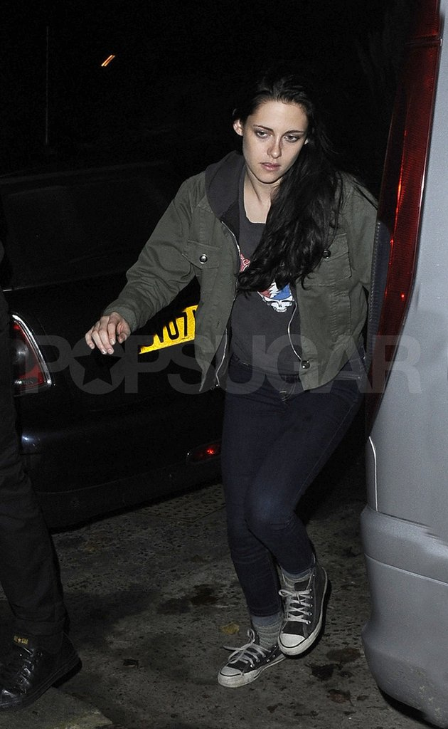Kristen Stewart headed back to her London apartment.