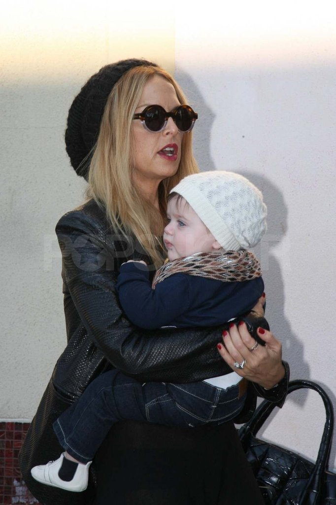 Rachel Zoe out shopping in LA with baby Skyler.