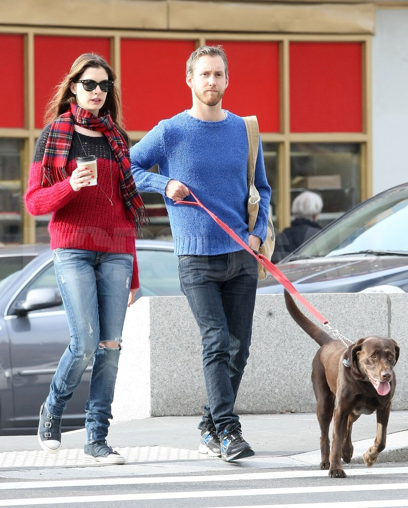 Anne Hathaway and Adam Shulman took Anne's new engagement ring and their dog to an NYC park.