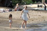 Jennifer Lopez and Emme took a walk on the beach.