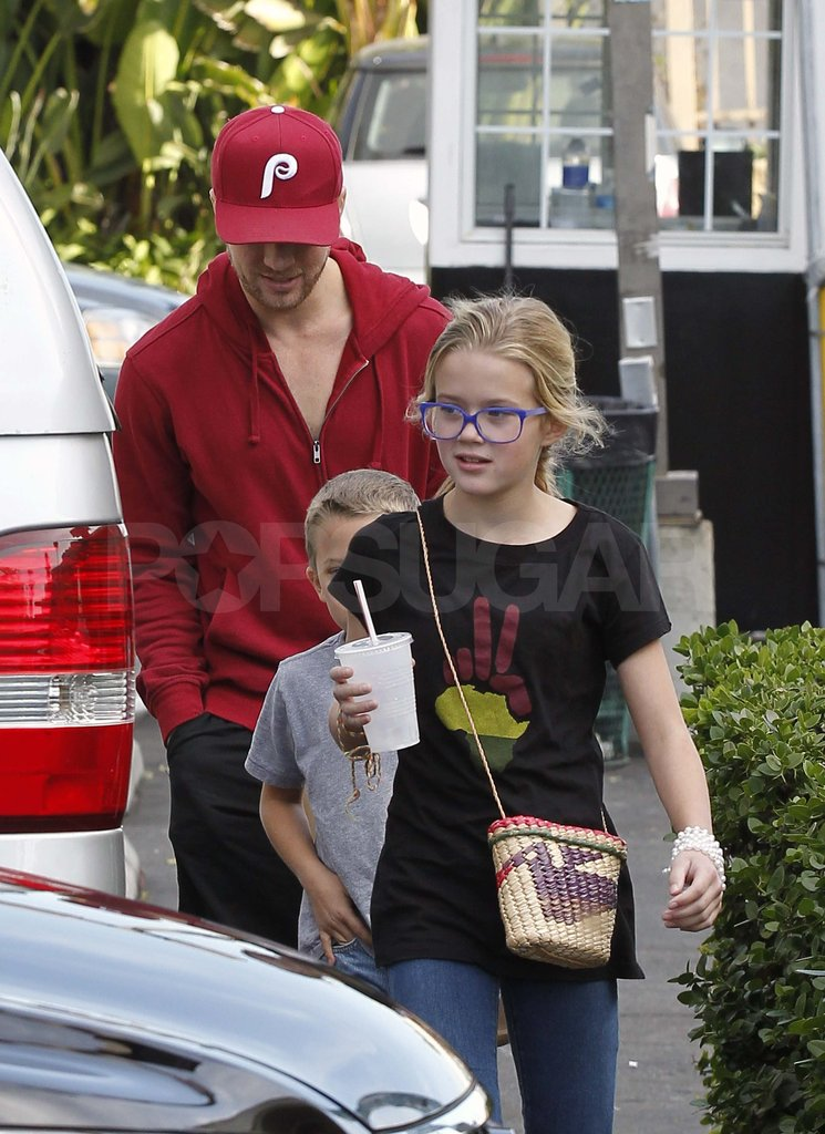 Ryan Phillippe out to lunch with Ava and Deacon.